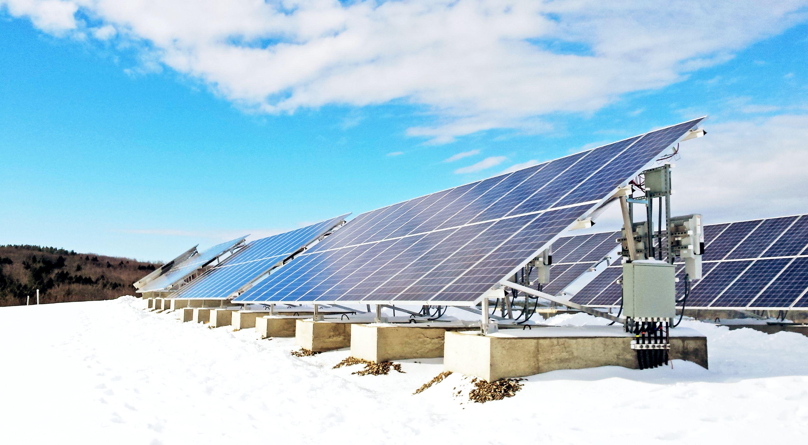 Https Www Revisionenergy Com Wp Content Uploads 2017 12 20151231 103255 2 Jpg Solar Solar Panel Cost Solar Panels