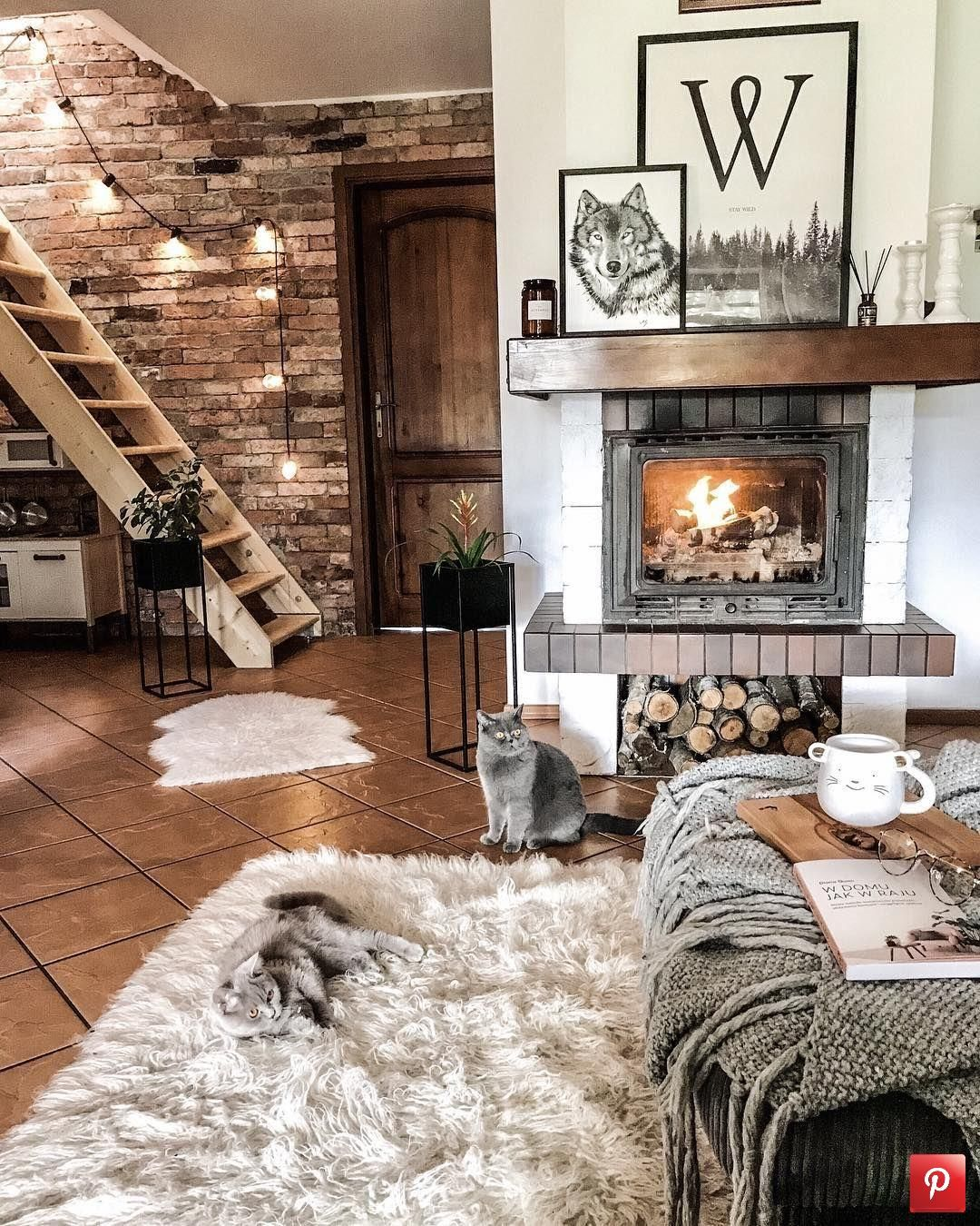 Beautiful and warm living room Check out desigedecors.com to get more inspiration #interiordesign #cozyplace #rustic #homedecor