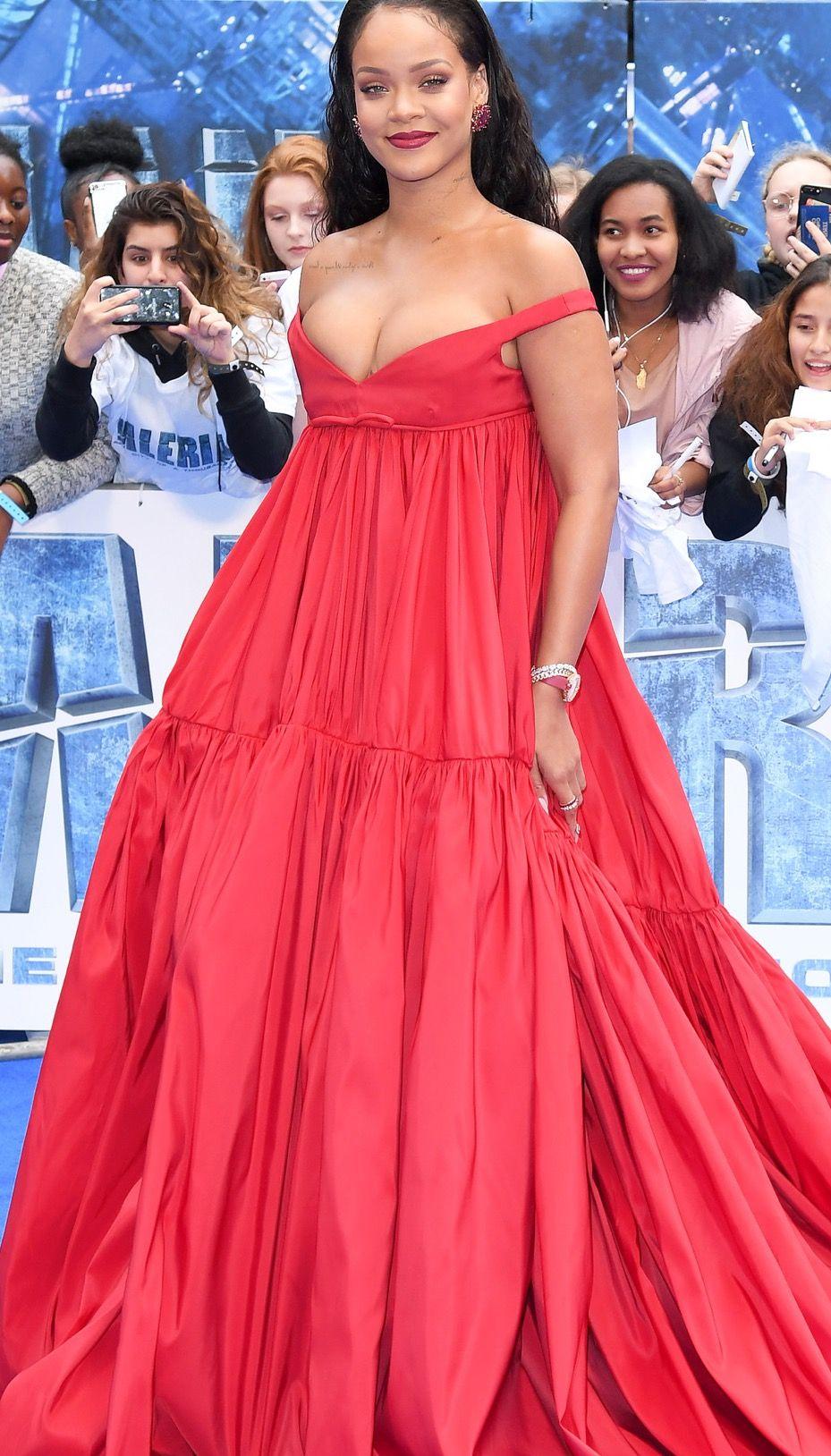 Rihanna Rihanna, Queen of Fashion and General Badassery ...