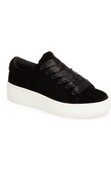 Bertie-v Platform Sneaker In Black