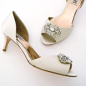 Badgley Mischka Petrina Low Heels Ivory 7m Heel Bridal Shoesbridal