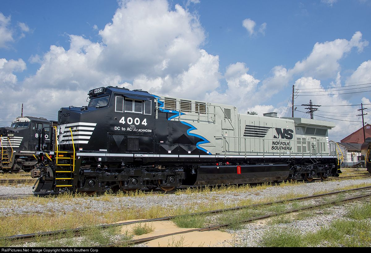 RailPictures.Net Photo: 4004 Norfolk Southern AC44C6M at Altoona, Pennsylvania…