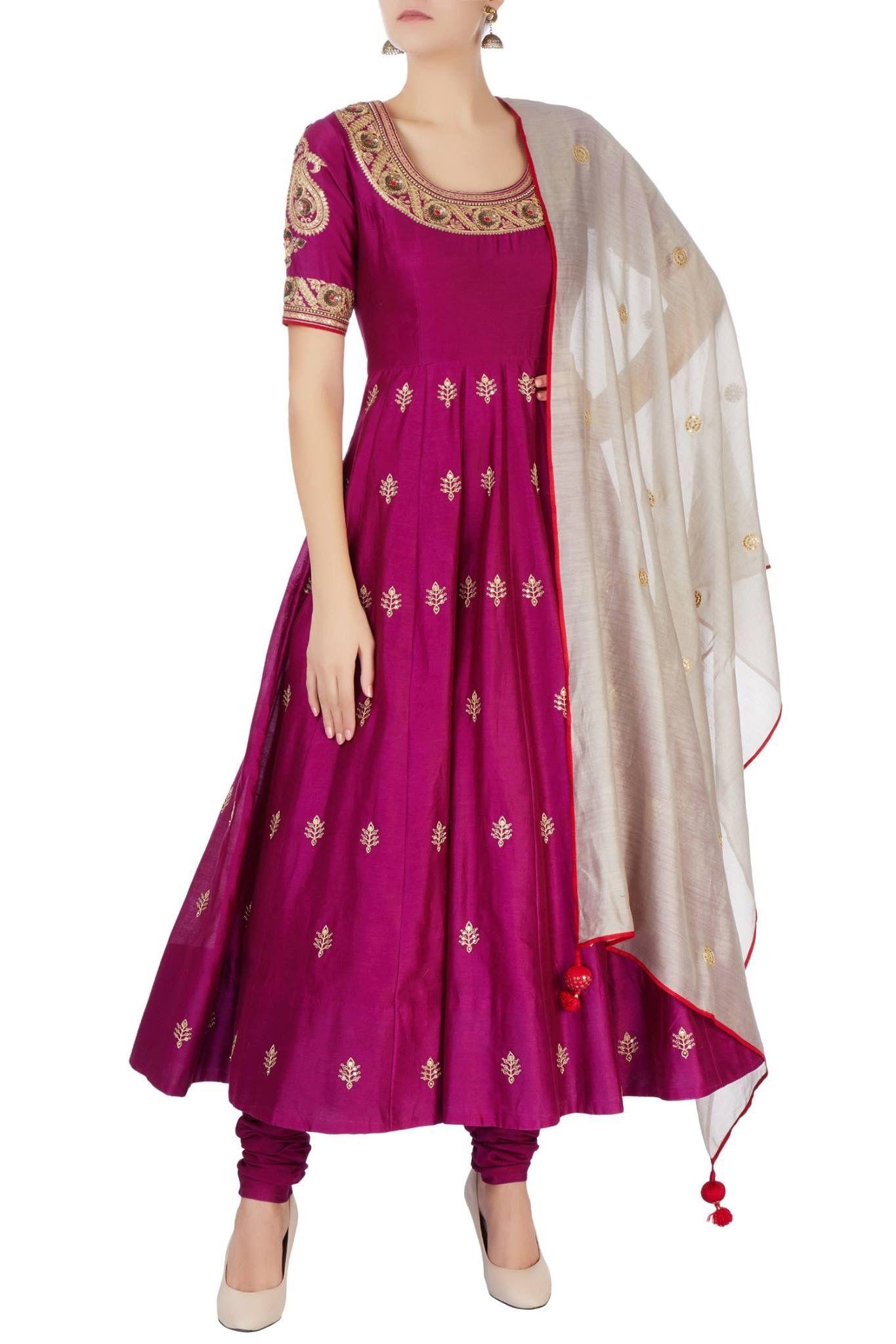 Pin de Sarika en Wardrobes | Pinterest | Vestido largo y Vestiditos