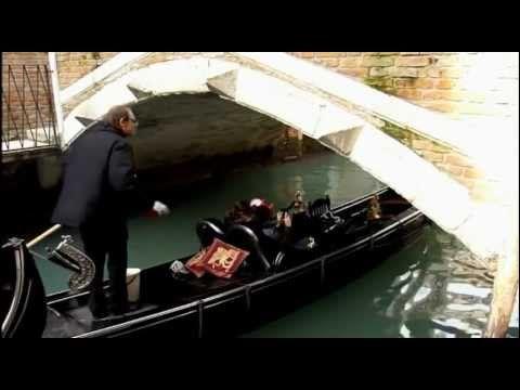Charles Aznavour - Com'è Triste Venezia lyrics