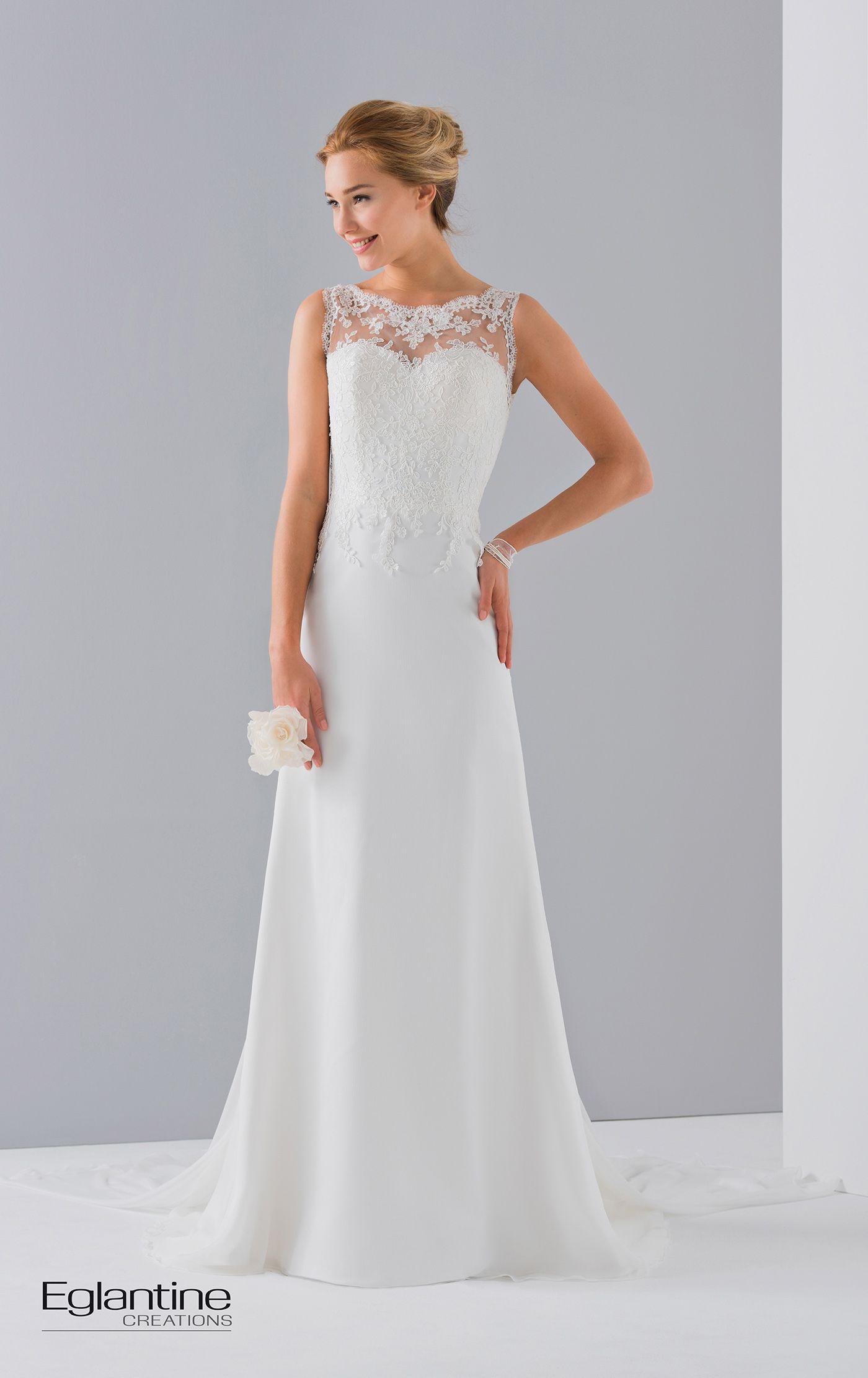 Robe de mariée avec buste dentelle et jupe