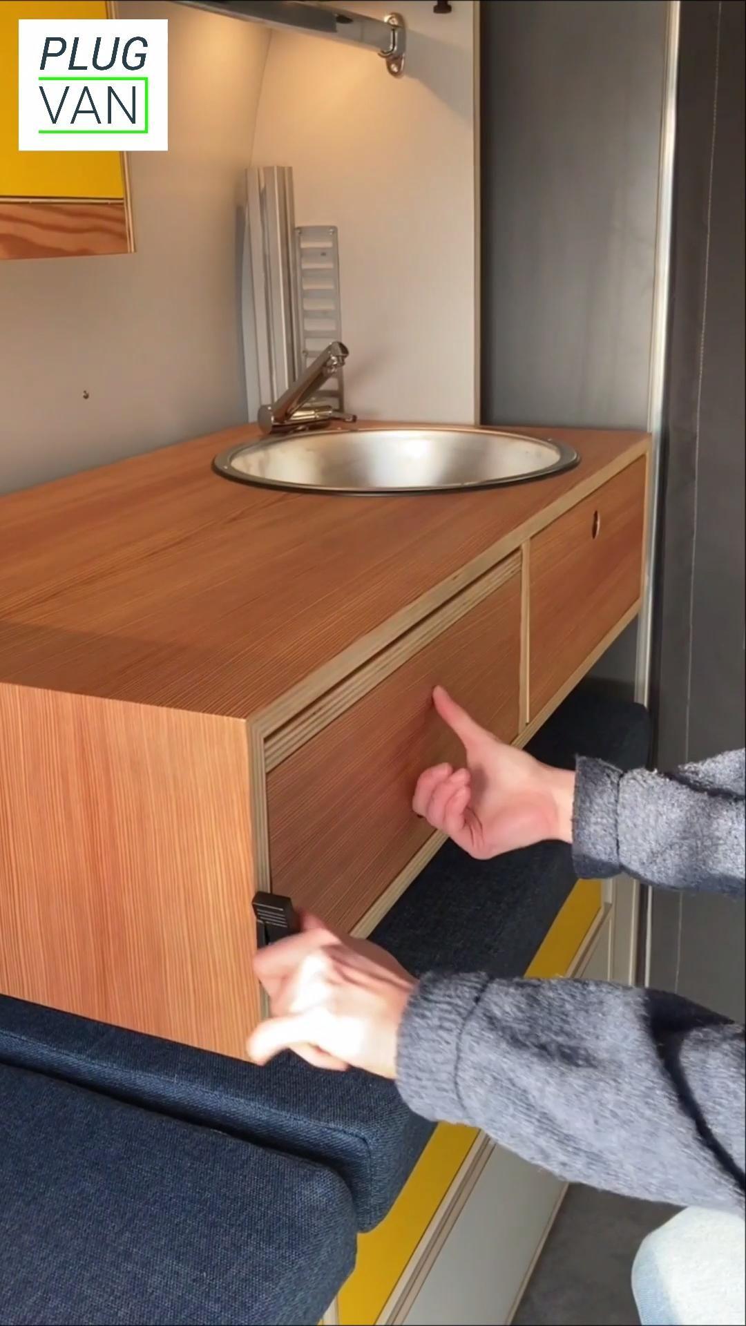 Multifunctional folding stow table as home office desk in camper - Multifunktionaler Klapptisch