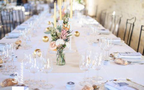 Mariage champêtre chic. Bleu, or, pastel. Deauville. Centre de table.