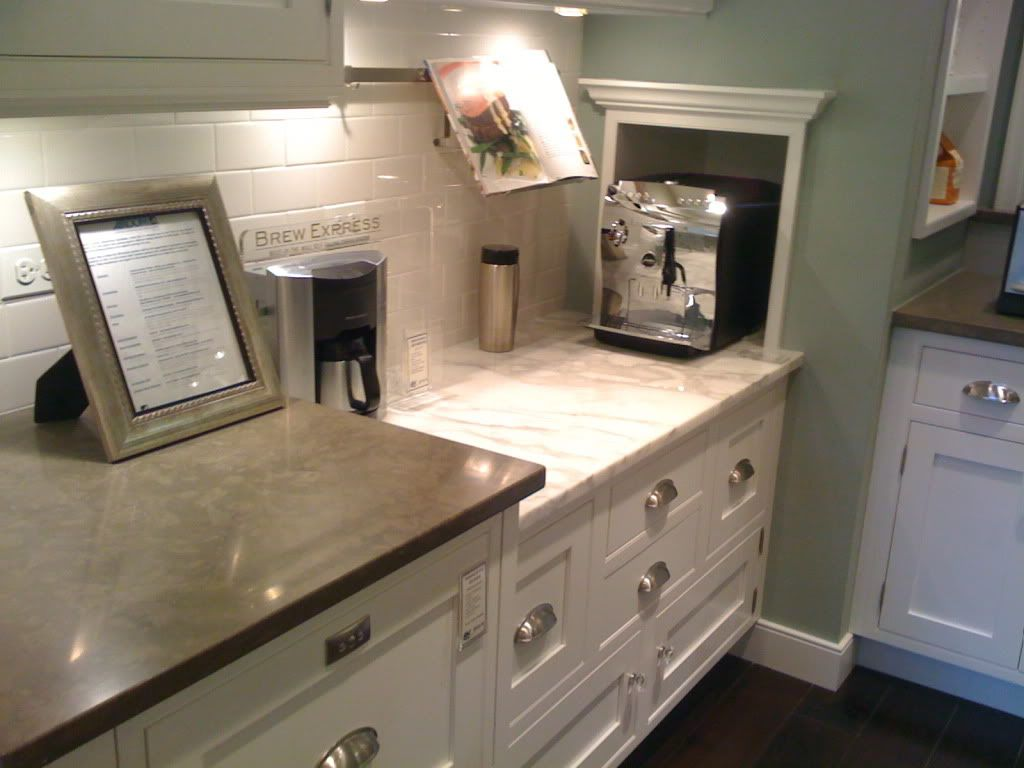 Pictures of kitchens with cream cabinets - What Color To Paint Kitchen Cabinets Illinois Criminaldefense Com