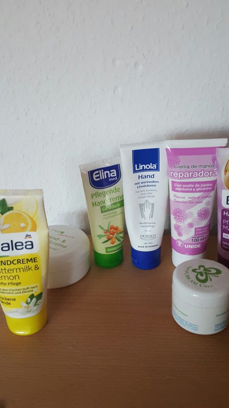 These are my hand creams😍my favourite is the reparadora Hand cream from spain😘i have 7 Hand creams😘and 8 bodylotions 😂