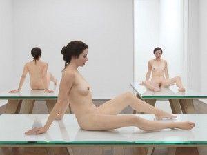 Devant Écartées De Carthy Sculpture Un Ma Femme Aux Nue Jambes mN8v0nw
