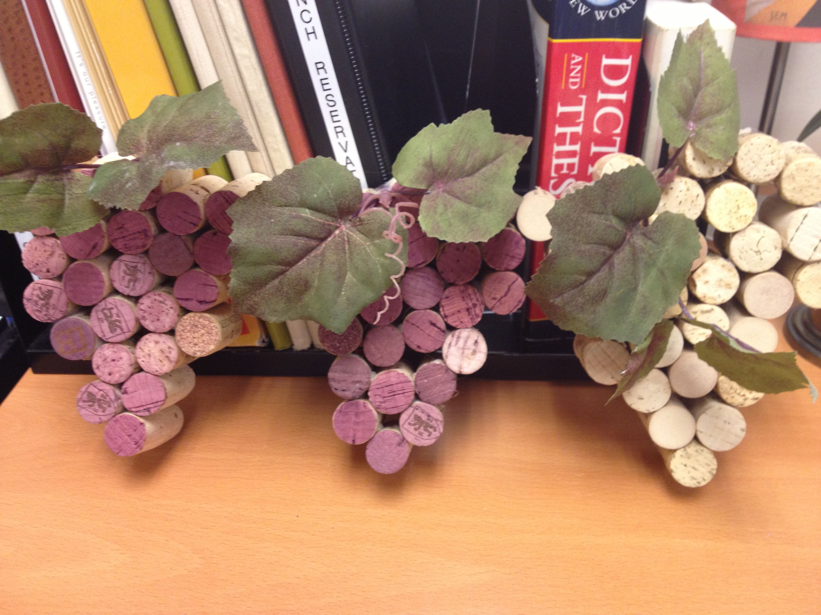 Pin By Sara Brown On Diy Grape Bunch Grapes Wine Cork - Vorhang Dict