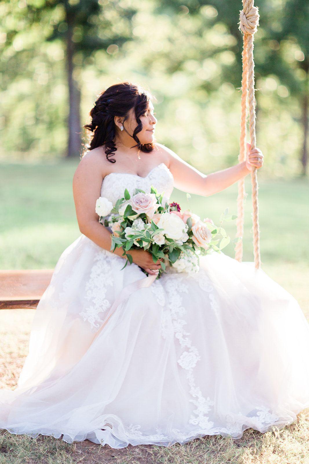 Bridal portrait photo location in tulsa oklahoma brides of