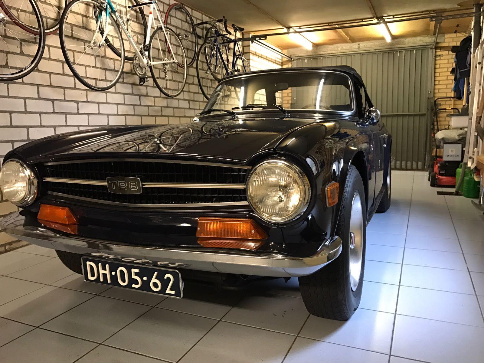 tr6 royal blue | TR6 Inspiration | Antique cars, Cars