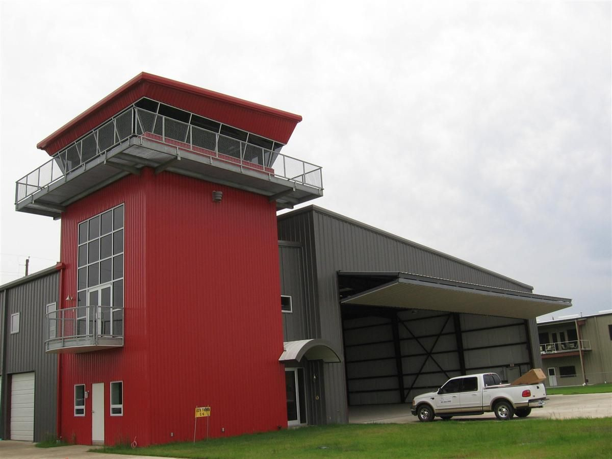 Hangar Home, Custom Homes, Custom Home Builders In Boerne .