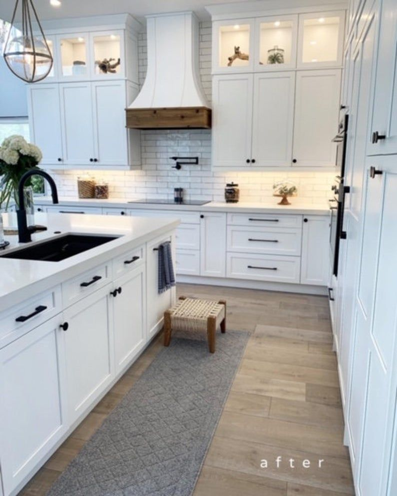 Pin By Jayne Taylor On Hoods In 2020 Home Decor Kitchen Kitchen Interior White Kitchen Design