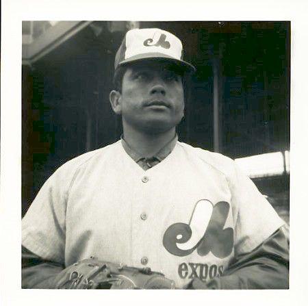 13- Jose ''el loco'' Herrera, nacio el  08-04-1942 y murió el 16-10-2009, debuto en las grandes ligas con los Astros de Houston el 3 de junio de 1967.