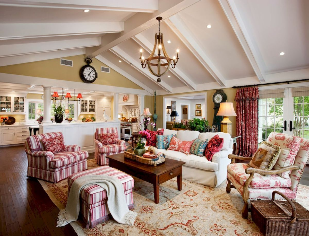 Beautiful French Country Living Room Ideas (19