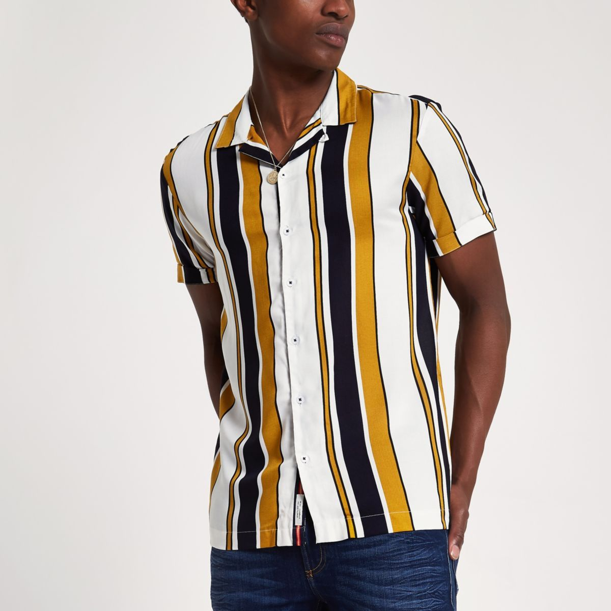 Chemise Rayee Jaune A Col A Revers Et Manches Courtes Chemises A Manches Courtes Chemises Homme Mens Shirts Shirts Mens Tops