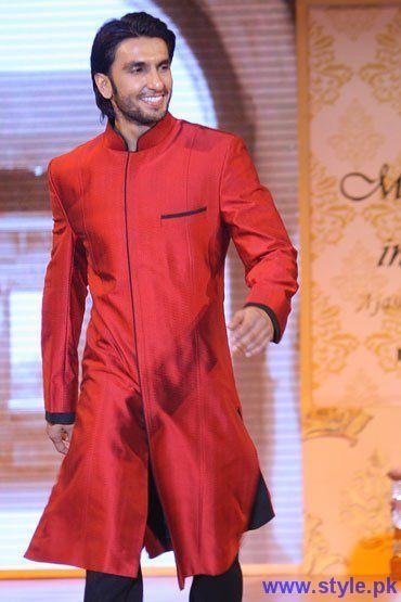 e666c6bb5f Bollywood Actor ranveer singh Wearing Red Sherwani | indian ...