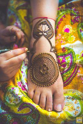Bridal Feet Mehendi Lotus Design