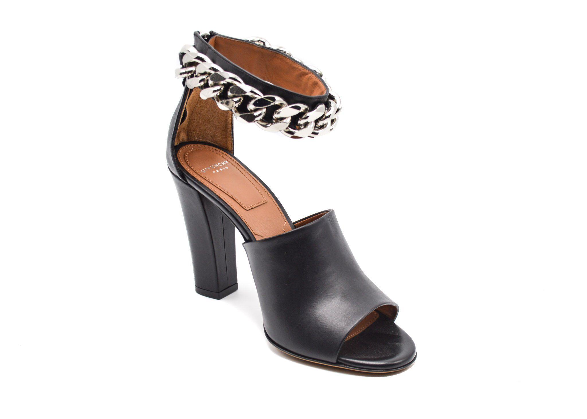 Sandales Pour Les Femmes En Vente, Noir, Cuir, 2017, 7,5 Givenchy