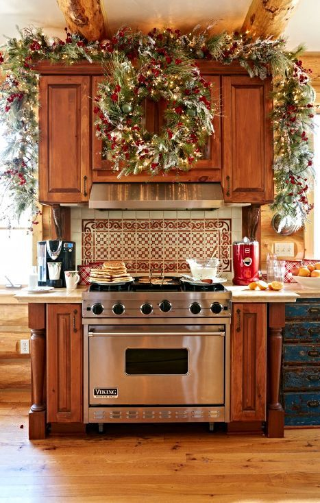 46 Best Christmas Kitchen Decorating Ideas Christmas kitchen