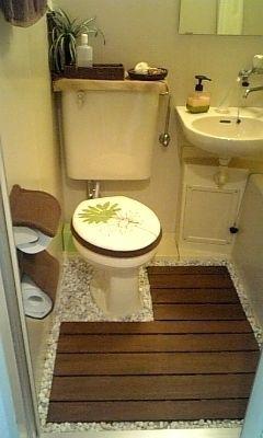 白と茶色のナチュラル系 ユニットバスでもあきらめない オシャレな部屋作り Naver まとめ Small Room Interior