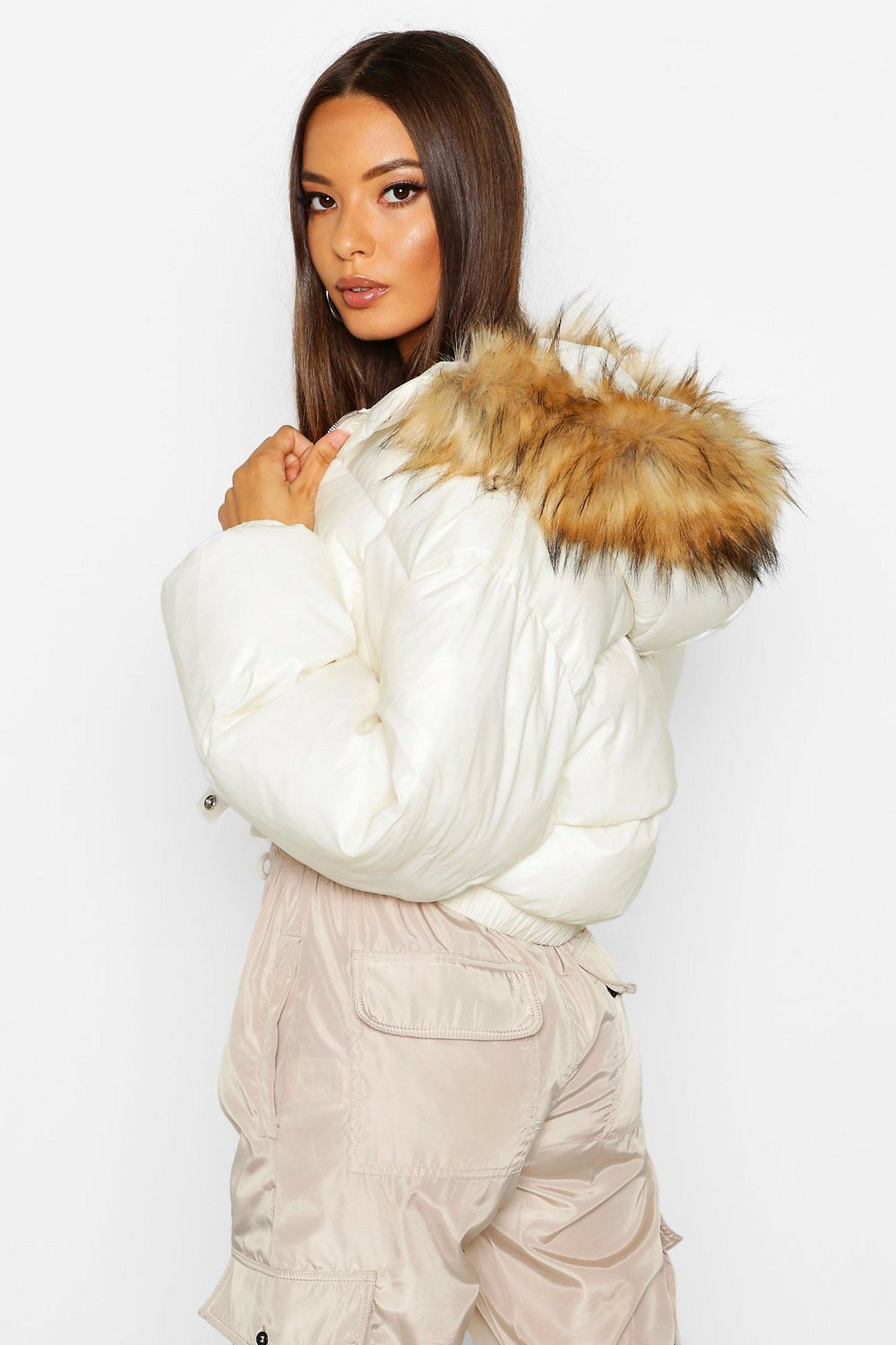 Cire Crop Faux Fur Hood Puffer Jacket Boohoo Puffer Coat Fur Hood Puffer Jacket Fur Hood Faux Fur Hood [ 2181 x 1454 Pixel ]