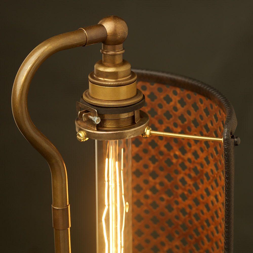 Guard-Shield-Steampunk-Desk-Lamp-fixing.jpg (1000×1000)