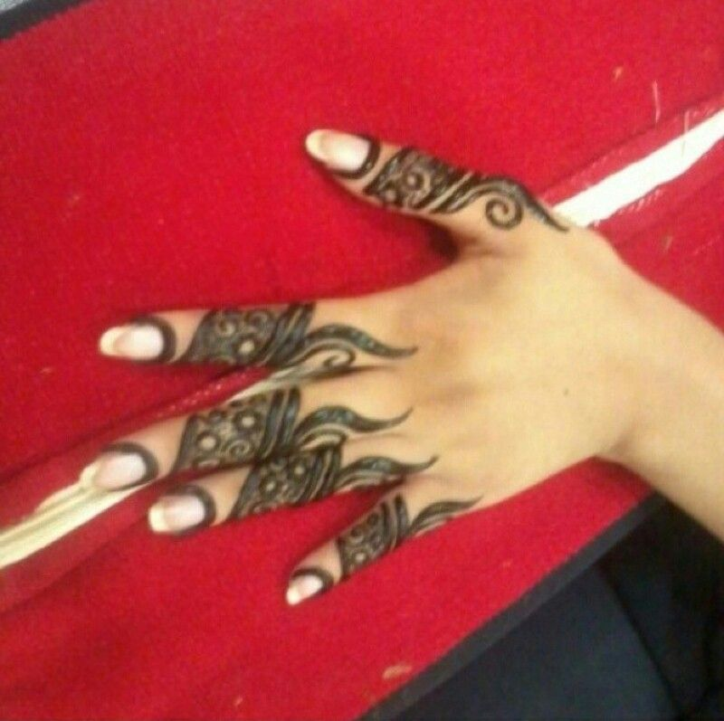 Only Fingers Design Heena Mehndi Art Mehndi Designs Finger