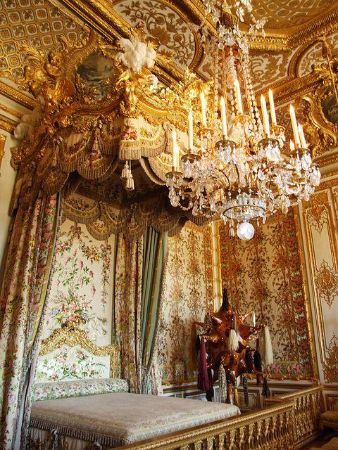 The Royal Bed of The Queen's Bedchamber, VersaillesPM
