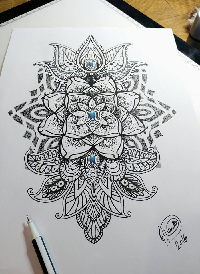mandala dotwork style mehndi made by hysteria