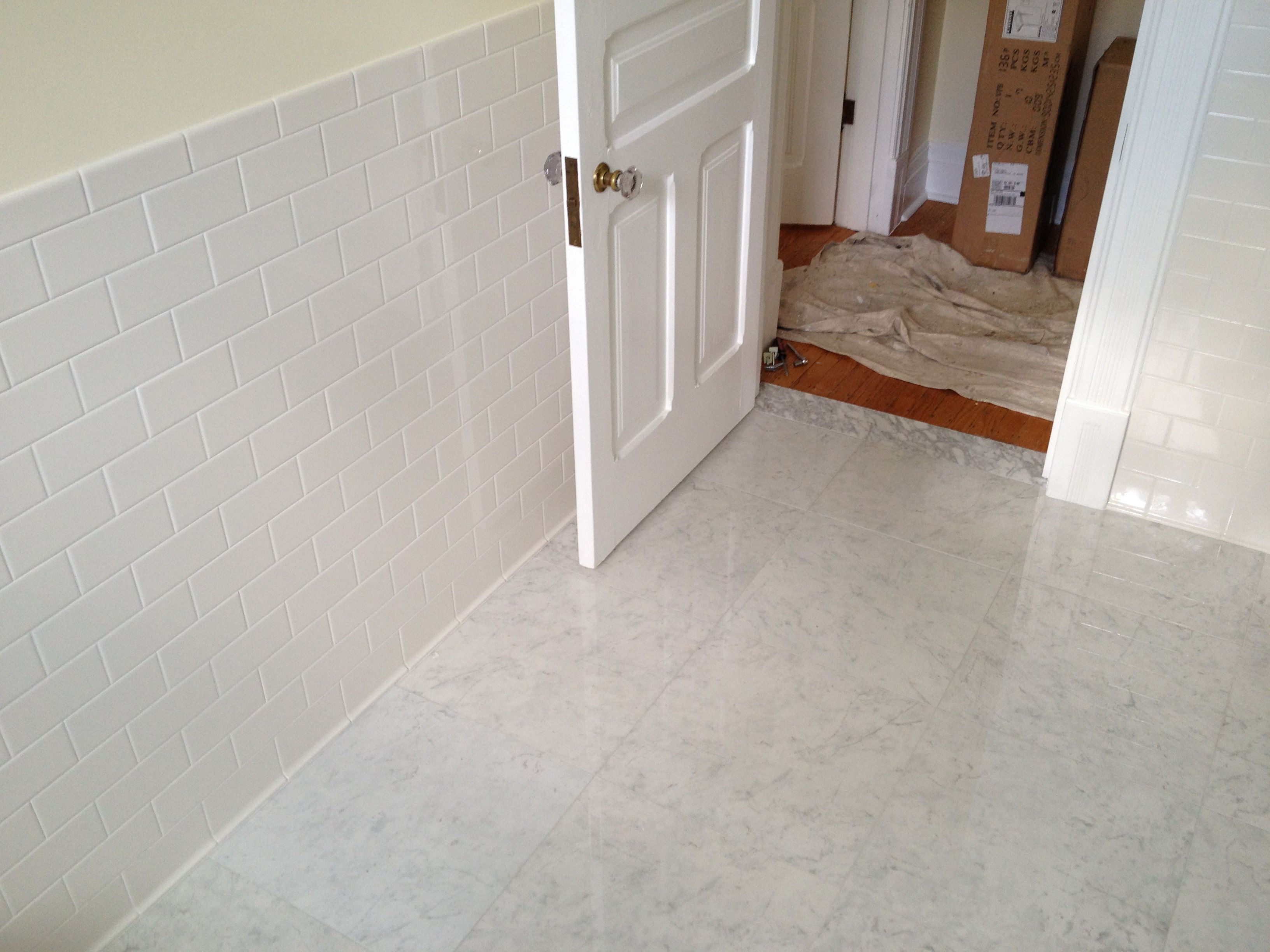 porcelain tile, marble look alike, bianca carrara, white subway