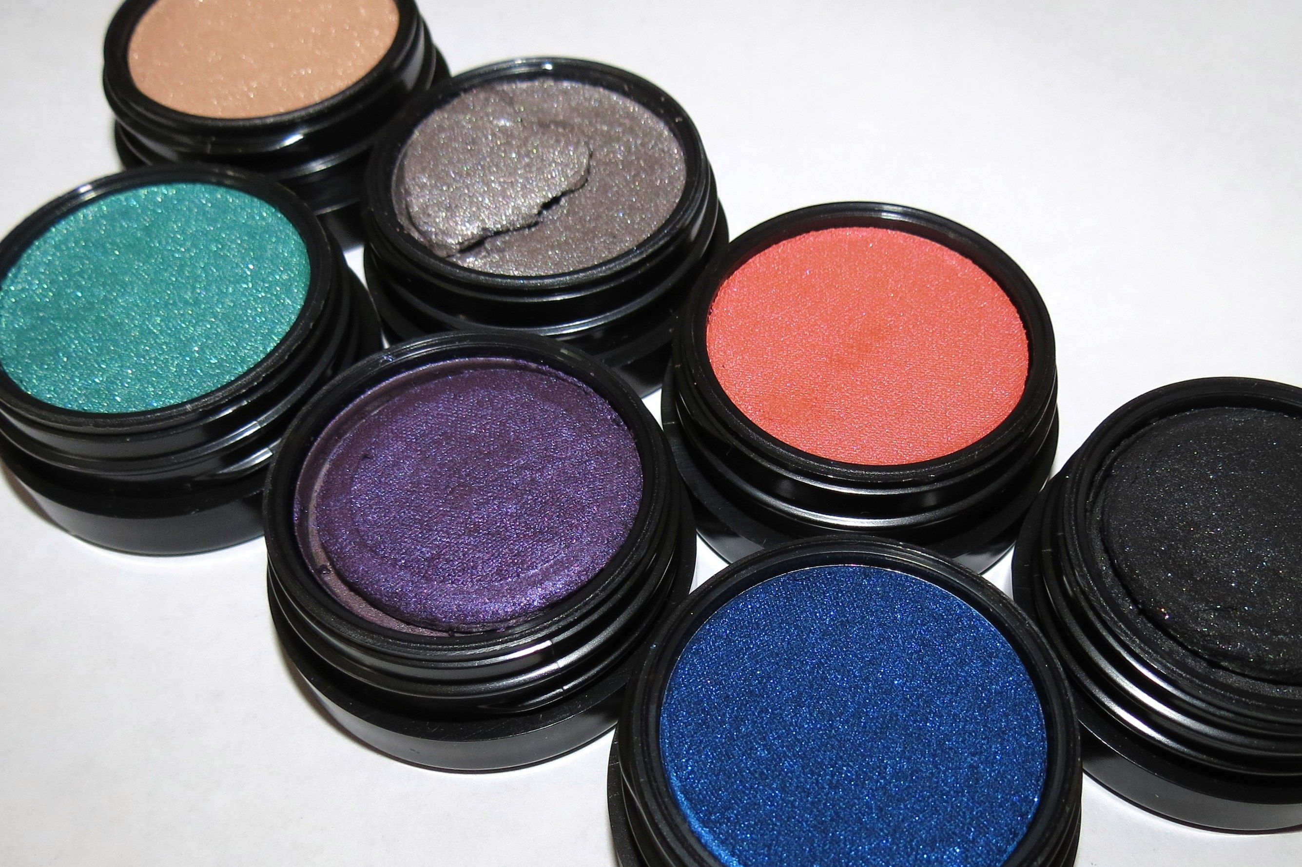 MAC Electric Cool Eye Shadows - Click through for swatches, eye looks and review!!