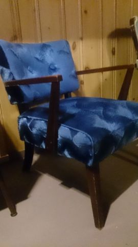 Mid Century Accent Chair Chairs Recliners Kitchener