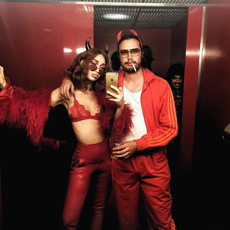 70 Genius College Halloween Costume Ideas for Girls halloweencostumes These hal… in 2020 - Cute couple halloween costumes, Trendy halloween costumes, Hot halloween costumes - 웹