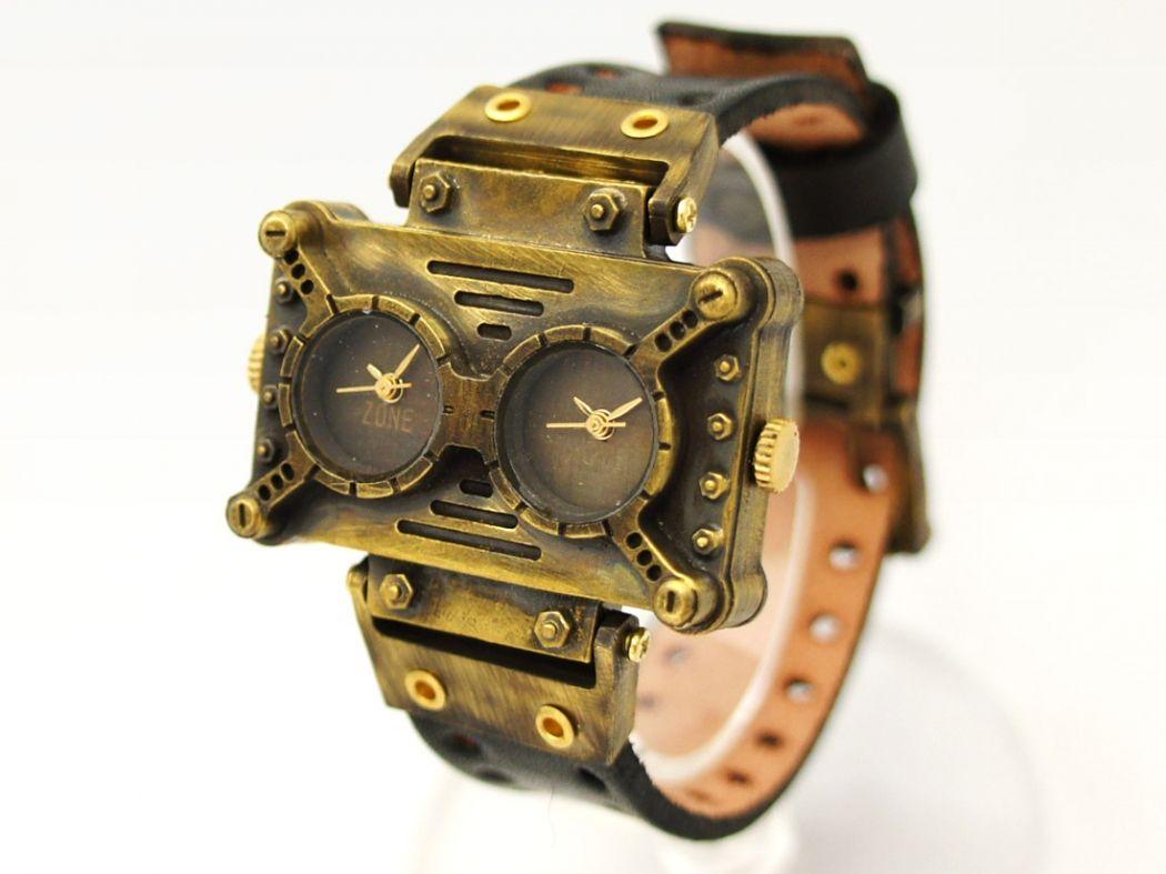 7347c81ee8 手作り腕時計 四角いフェイスに2つの文字盤が並んだデザインウォッチ: 廃墟