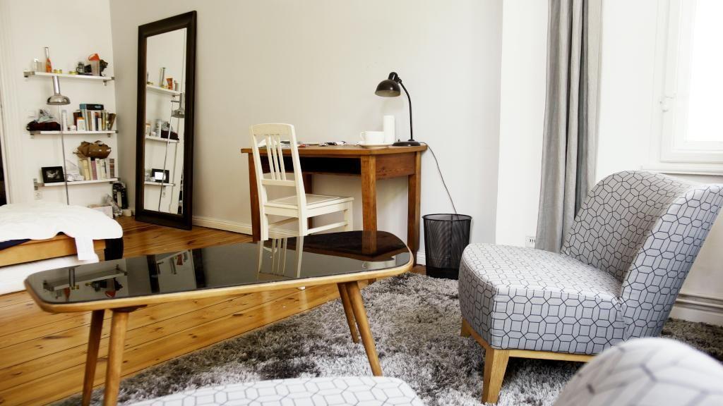 wg zimmer einrichten nachmieter gesucht platz in tollem altbau mit stuck und gemeinsamem. Black Bedroom Furniture Sets. Home Design Ideas