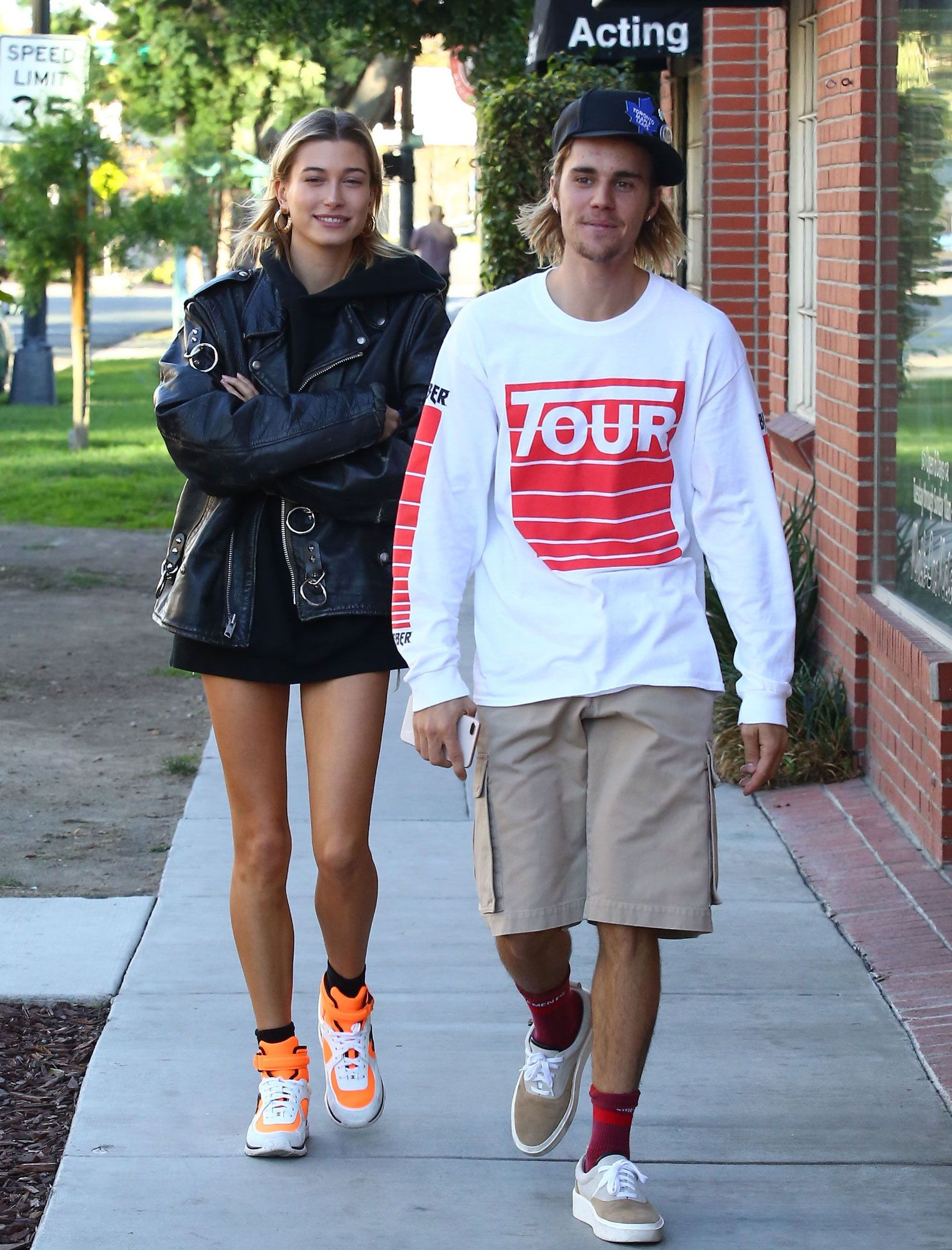 Justin Bieber And Wife Hailey Baldwin All Smiles After Source Says He S Not Over Selena Gomez Hailey Baldwin Street Style Hailey Baldwin Justin Bieber