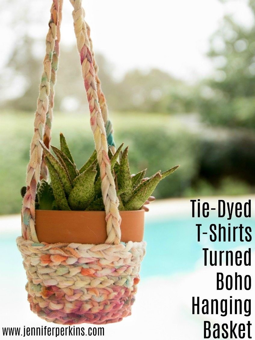 How to make a hanging basket planter from an old T-shirt by Jennifer Perkins #JenniferPerkins #diy #diyproject #crafts #craftsforkids #crafty #CreateEveryday #DoItYourself #recycle #upcycle #tiedye #planters #hangingplanters