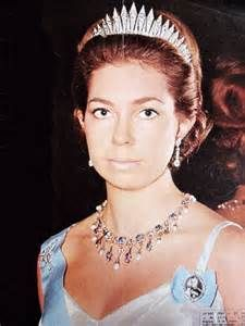 King Carl XVI Gustaf's sisters have worn the Baden fringe, Prncess Christina did in her younger days