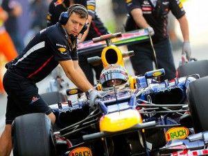 Sebastian Vettel hat weiter technische Probleme mit seinem Red-Bull-Boliden. (Foto: Srdjan Suki/dpa)