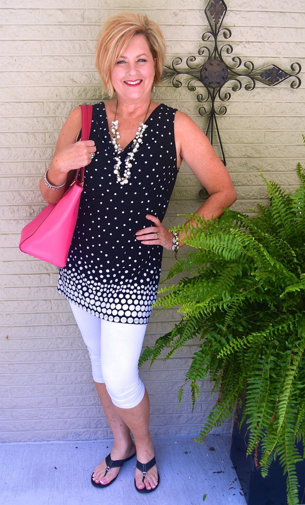 Trends For Spring Summer Clothes For Real Women Over 40: OUTFIT MEANT TO TRAVEL