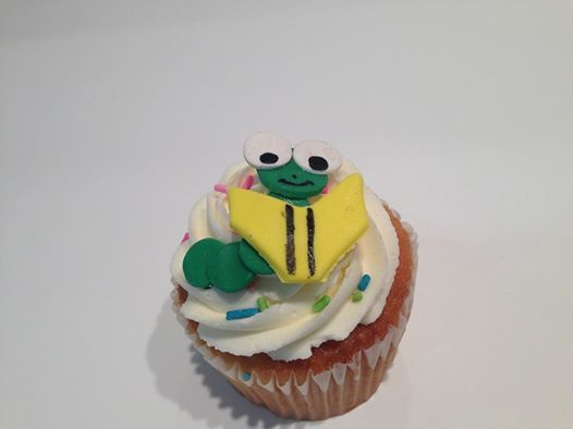 Ready Reader's Custom Cupcake for the Charity #Cupcake of the Month! *AUGUST*