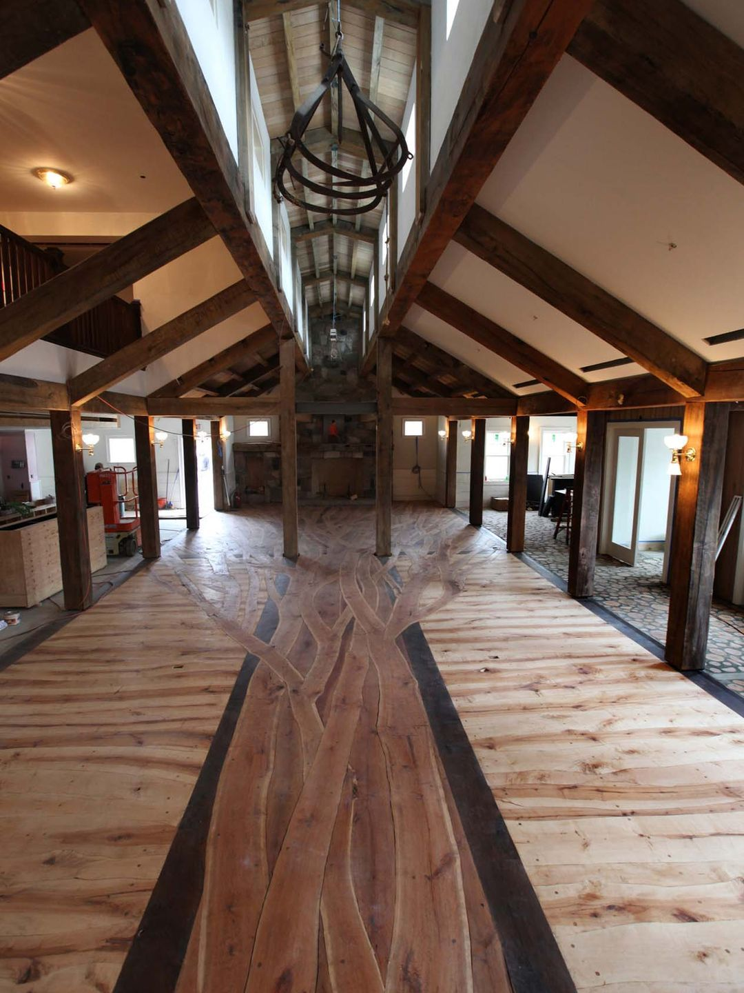 Help Comes Out Of Woodwork To Restore White Horse Inn Maple Floors Metamora White Horse