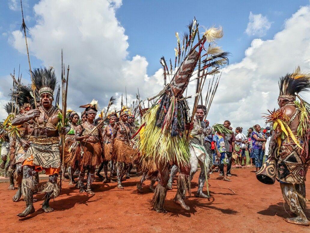 Cultural Dance From Keerom, Papua.    2017 ©JanzenFaidiban  #PapuanCulture #MelanesianCulture