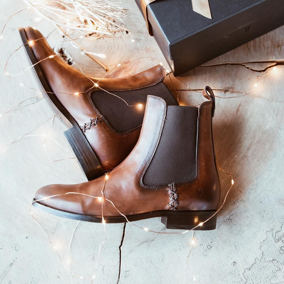 c5c10ef8da6 Exceptional craftsmanship and the perfect gift: the Melissa Chelsea ...