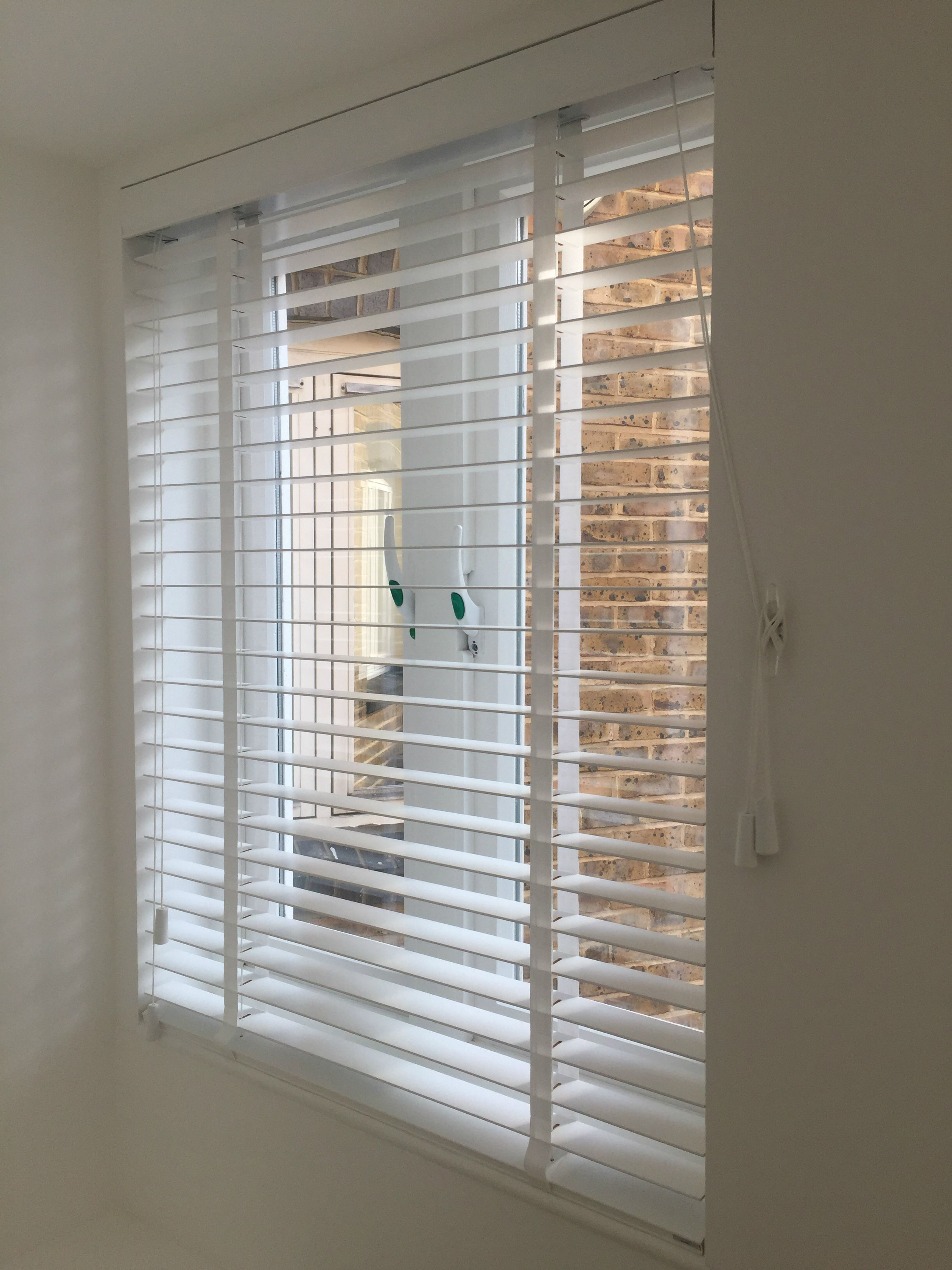 Pure White Wood Venetian Blind With Tapes Installed For Bedroom Window Bayswater London Made To Measure C Blinds Made To Measure Blinds Room Accessories
