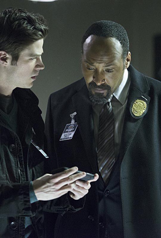 The Flash 1x18 - Barry Allen & Joe West