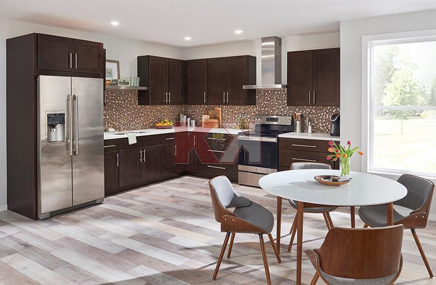 Madison Dark Sable Kitchen in 2020 | Classic kitchen ...